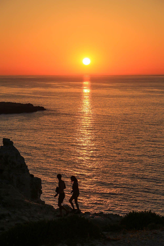 Menorcan upeimmat auringonlaskut: https://walleni.us/