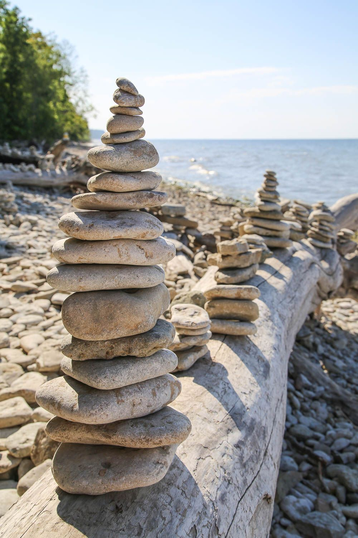 Ontika Cliff ja Valaste ranta, Viro. Lue lisää: https://walleni.us/ Kuva: Sanna Wallenius
